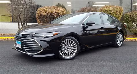 Quick Spin: 2019 Toyota Avalon Hybrid Limited | The Daily ...