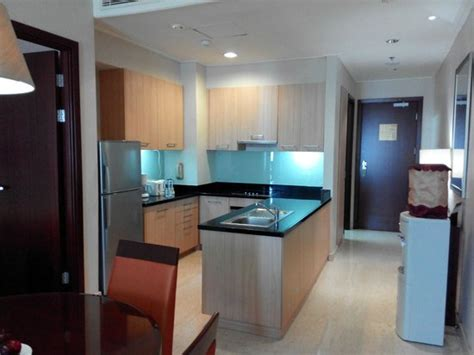 fully equipped kitchen picture   mayflower jakarta