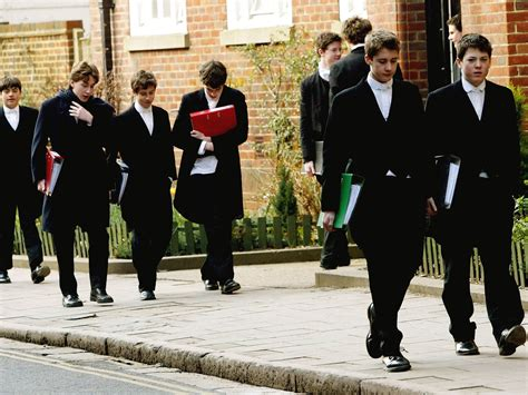 Head of Eton threatens to quit Tories over social mobility ...