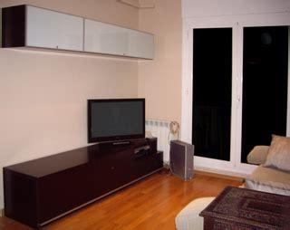 color de sofa  paredes  muebles blanco wengue