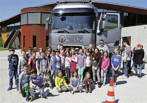 Schule Aufkirchen by 187 Truck Of The Year 171 Zu Gast An Montessori Schule