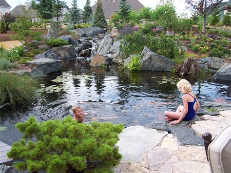Swimming Pond :  Embracing The Pond Life