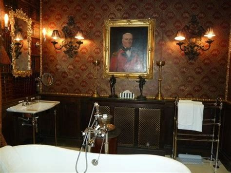 Picture Of The Witchery