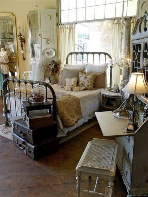 classic  vintage farmhouse bedroom ideas