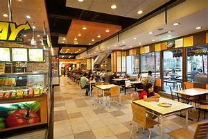 Food Court @ Forum Mall - Picture of Forum Courtyard ...