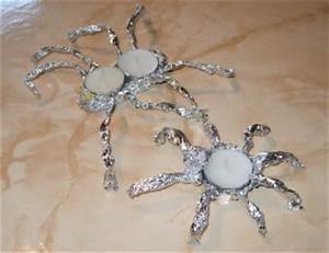 Teelichter Basteln Mit Kindern : spinnenteelichter aus aluminiumfolie basteln ~ Markanthonyermac.com Haus und Dekorationen