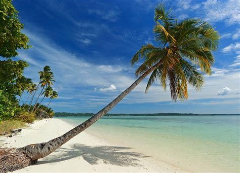 suasana pantai  pulau hoga pasirpantaicom