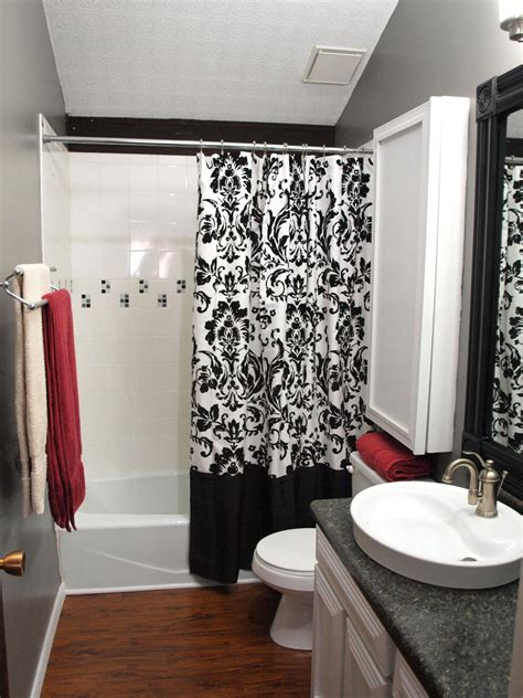 White And Gray Bathroom Ideas Colorful Bathrooms From Hgtv Fans Bathroom Ideas Designs Hgtv