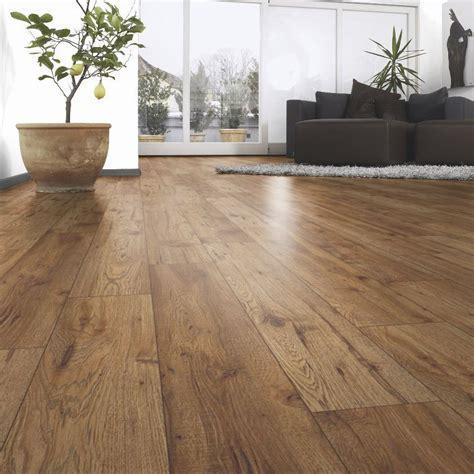 Ostend Natural Oxford Oak Effect Laminate Flooring 1.76 m²