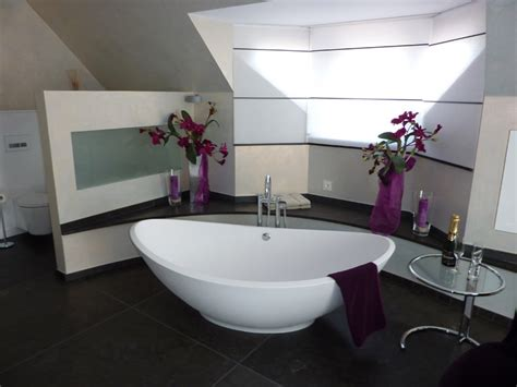 Bad Gestalten badgestalten feierabend in der badewanne