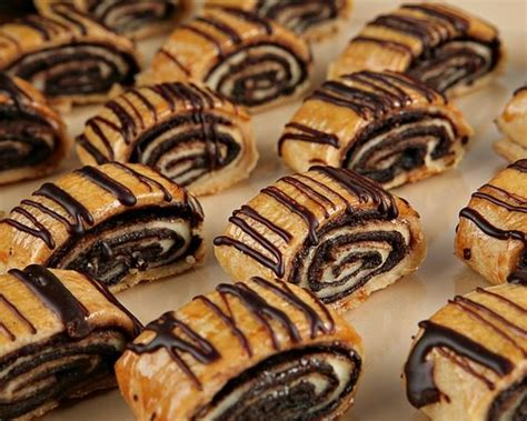 lillys chocolate rugelach    foods