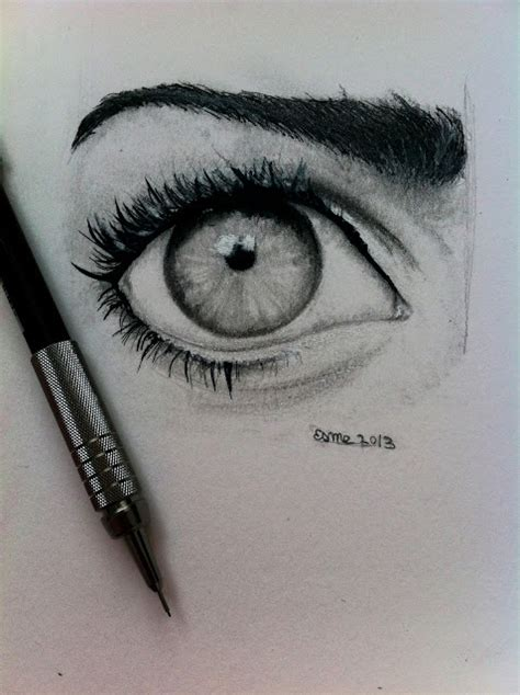 es eye drawings