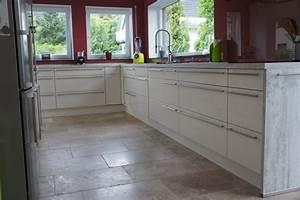 Fliesen Küche Boden : naturstein in der k che mit g nstigen fliesen von jonastone ~ Markanthonyermac.com Haus und Dekorationen