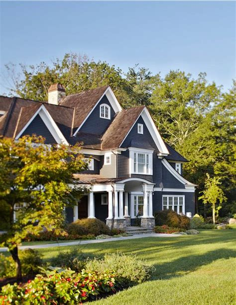 how to the exterior paint colors match best with the roof stylendesigns