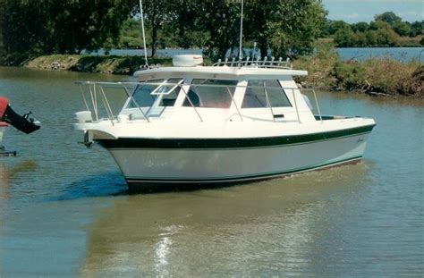Boat Bow Light by 2004 Cherokee 300 Sport Fisherman Boats Yachts For Sale