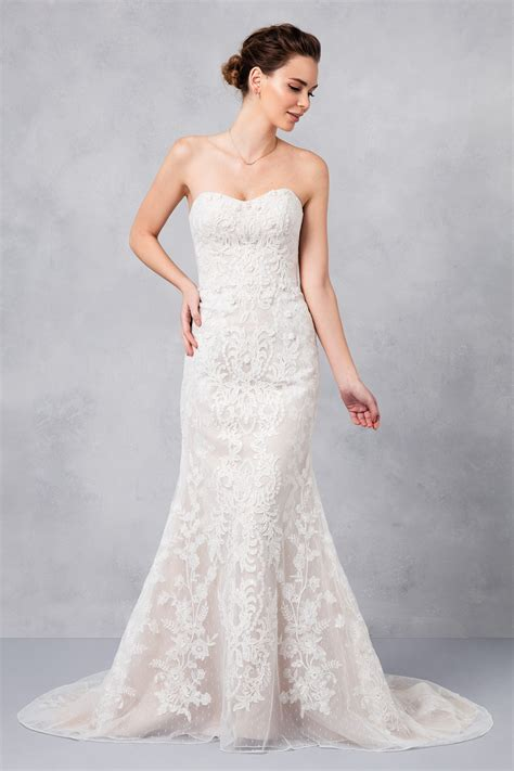 strapless lace sheath wedding dress cwg738