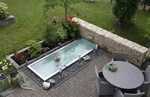 Gartenteich Ideen Bilder : kleiner gartenteich mit wasserfall wasserfall von vorne ~ Lizthompson.info Haus und Dekorationen