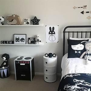 Chambre Enfant Blanc : chambre enfant noire et blanche ~ Teatrodelosmanantiales.com Idées de Décoration