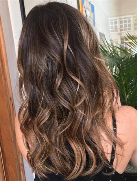balayage braun caramel 20 sweet caramel balayage hairstyles for brunettes and beyond