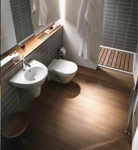 Welche Fliesengröße Für Kleine Bäder : die besten 25 kleines schmales badezimmer ideen auf pinterest schmales badezimmer schmaler ~ Bigdaddyawards.com Haus und Dekorationen