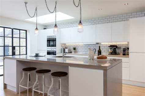 pictures of green kitchens joinery company contemporary kitchen 4203