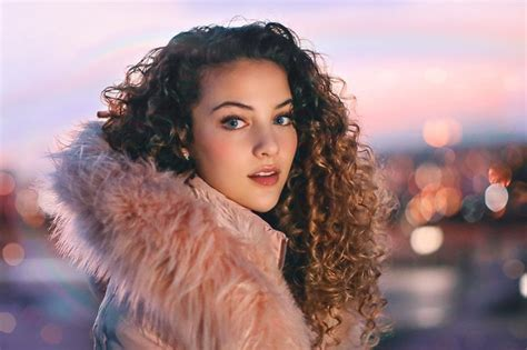 sofie dossi personal pic and video 12 30 2018