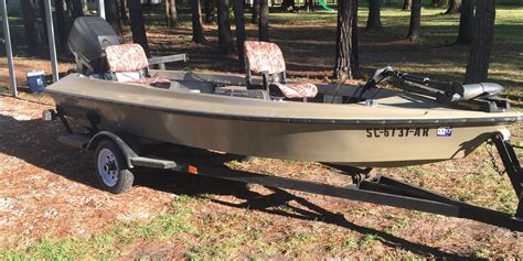 Bug Buster Boat 1995 high tide bug buster the hull boating and