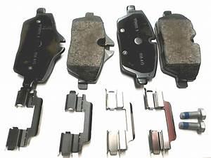 2008 Mini Cooper Clubman Repair Kit  Brake Pads Asbestos