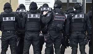 Uniforme Police Nationale : m decins uniformes ~ Maxctalentgroup.com Avis de Voitures