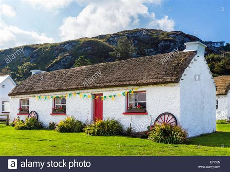 donegal cottage glencolmcille stock photos glencolmcille stock images