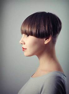 Short Brunette Hairstyles: 10 Looks We Love for the New Season