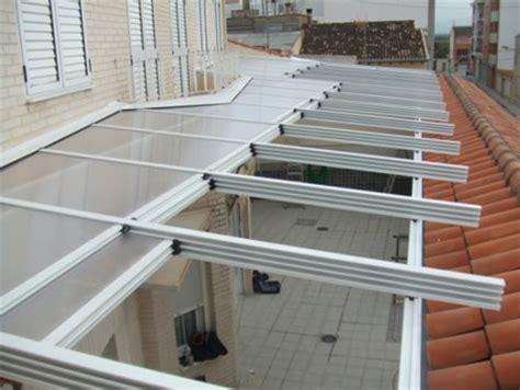 como construir  techo corredizo  policarbonato