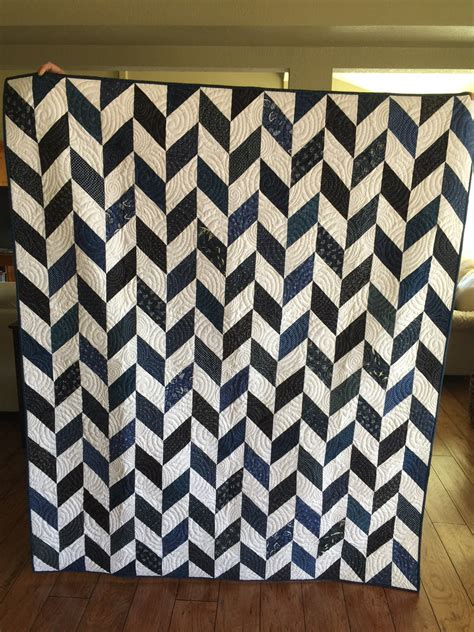 Navy White Quilt by Navy Blue And White Herringbone Quilt