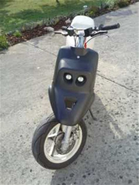 see an ad sells scooter 50 cc aprilia booster spirit