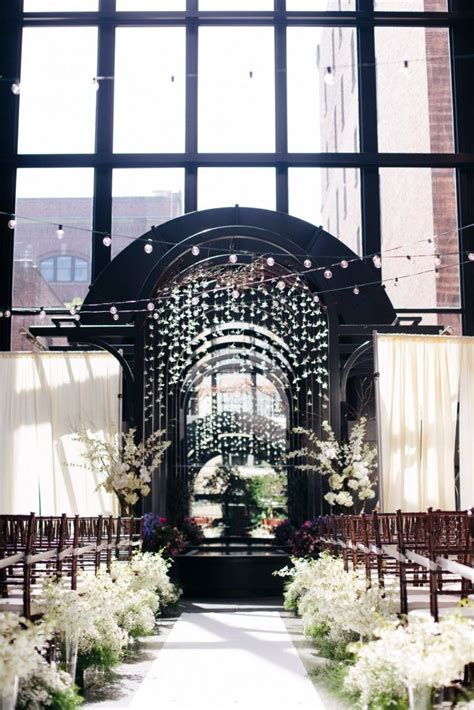 simply chic downtown seattle wedding industrial wedding