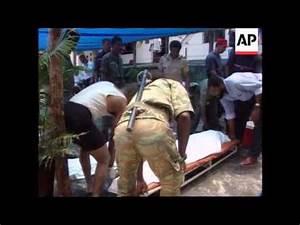 Comoros Islands-Hijacked Ethiopian plane crashes - YouTube
