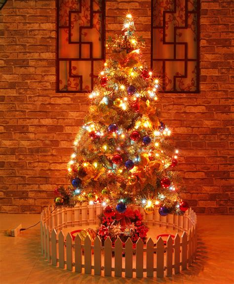 5 ft beautiful christmas tree with 13 amazing decorations