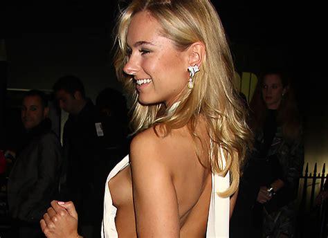 Oops Kimberley Garner Showed Nude Hard Nipples Upskirt