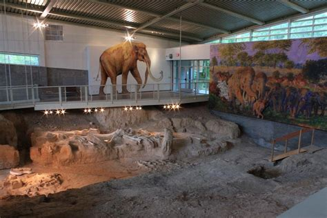 Mammoth Site Heads to White House in Hopes of Becoming Nat ...