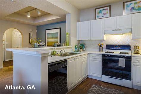 One Bedroom Apartments Atlanta Ga by Big City Apartments For 1 000 Real Estate 101 Trulia