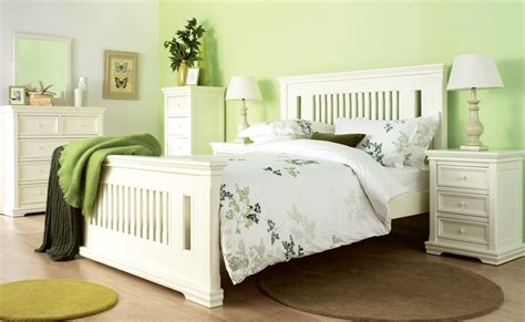 White Bedroom Suites Uk by Classic Bedroom Furniture Home Classic Bedroom