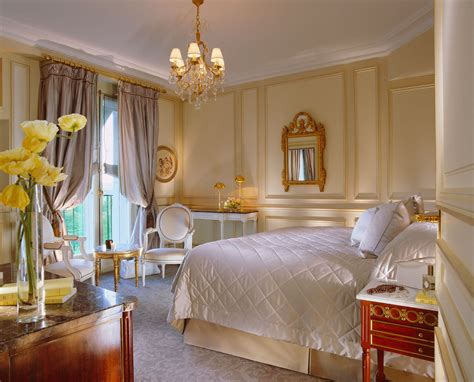 le chambre le meurice luxury hotel in grand luxury hotels