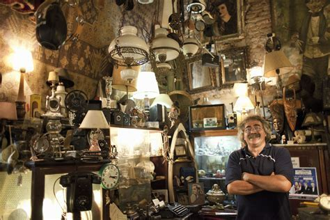 Selling Antiques & Collectibles to Dealers Near You