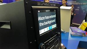 Mettre Waze Sur Apple Carplay : aux c t s d 39 android auto et apple carplay ford se r ve en plateforme pour la voiture connect e ~ Medecine-chirurgie-esthetiques.com Avis de Voitures