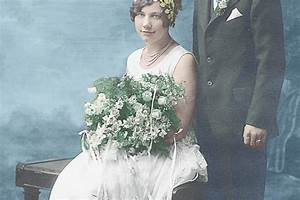 How To Colorize A Black And White Photo To Bring Old