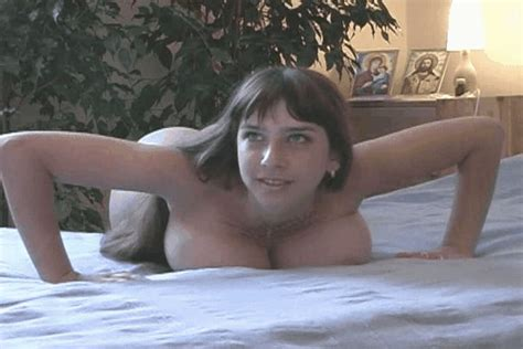 Hpungif In Gallery Nude Exercise Animated Gifs Picture Uploaded By Taggr On