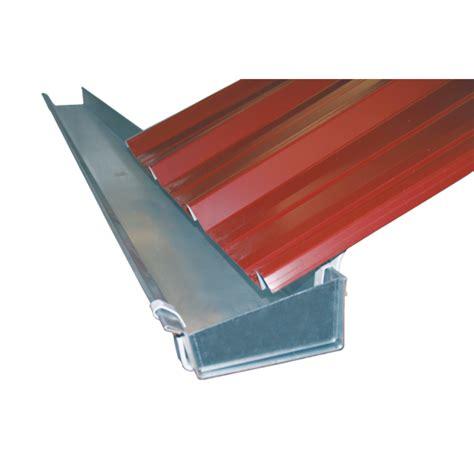 chambre à air remorque cheneau galva 170 en 5 m cheneau galvanisé gouttières