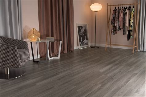 Nordic Oak: Commercial LVT Flooring from the Amtico Spacia