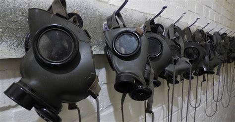 types  emergency gas mask