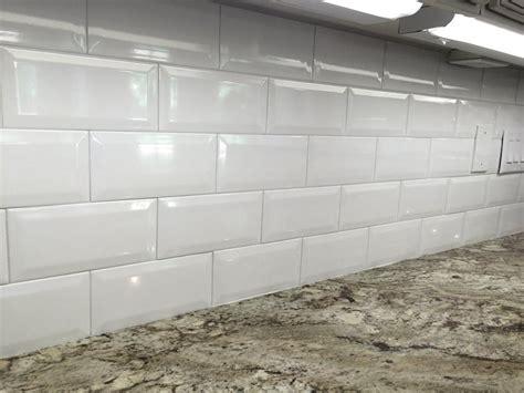 White Glass Subway Tile Kitchen Backsplash by 4x8 White Ceramic Beveled Subway Tile In Kitchen
